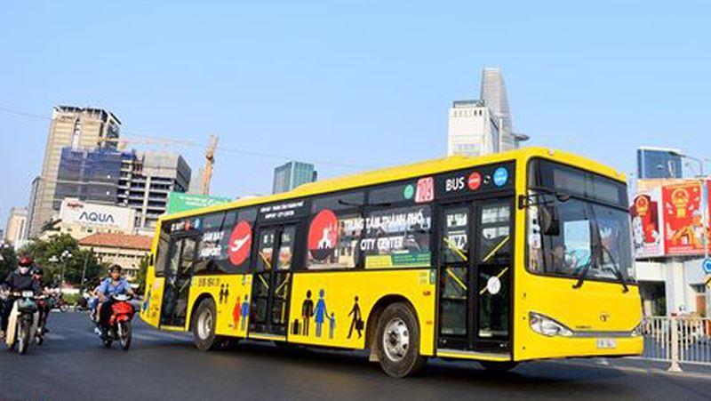 Quảng cáo trên xe bus tại Hà Nội mang thương hiệu tới hàng triệu khách hàng
